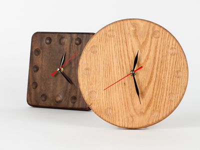Oak wallclock